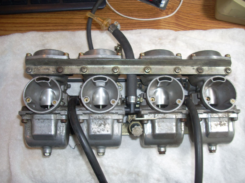 Carburetors - Suzuki - www.MotorCycles.com